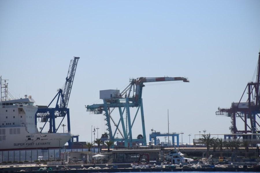 gruas contenedores comunidad valenciana puerto valencia exportaciones (8)