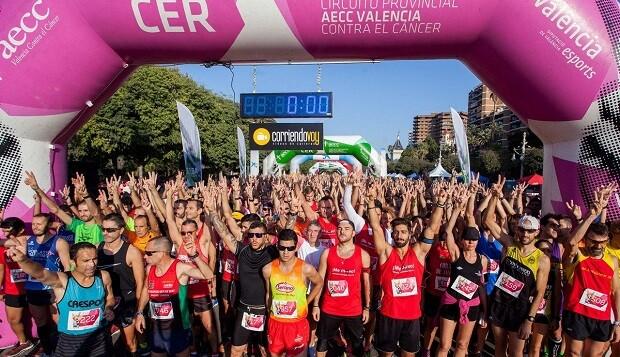 """Cerca de 10.000 personas se reúnen este 21 de octubre en la III!ª Acción Solidaria """"València Contra el Cáncer."""