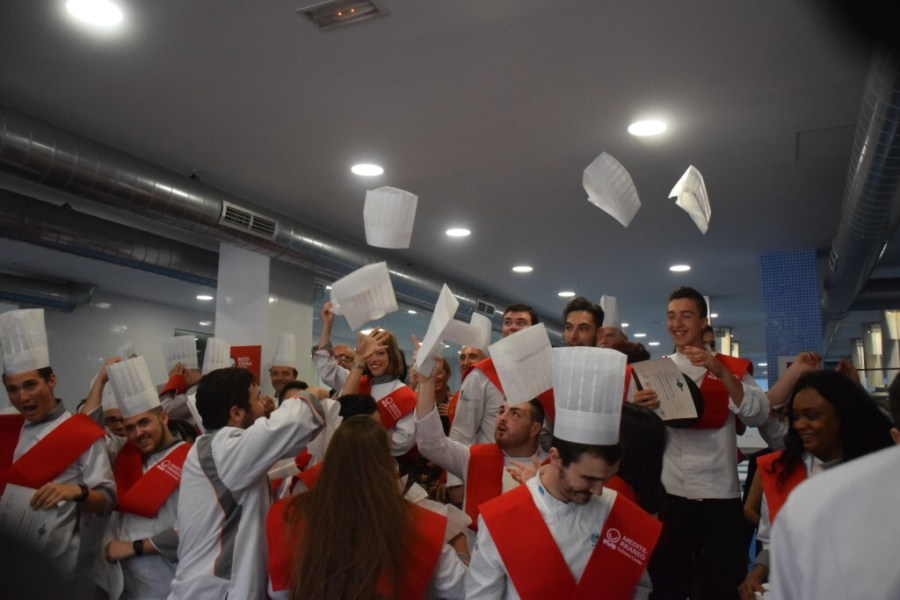 Mediterráneo Culinary Center celebra la imposición de medalla de honor WGI y la entrega de diplomas MCC (120)