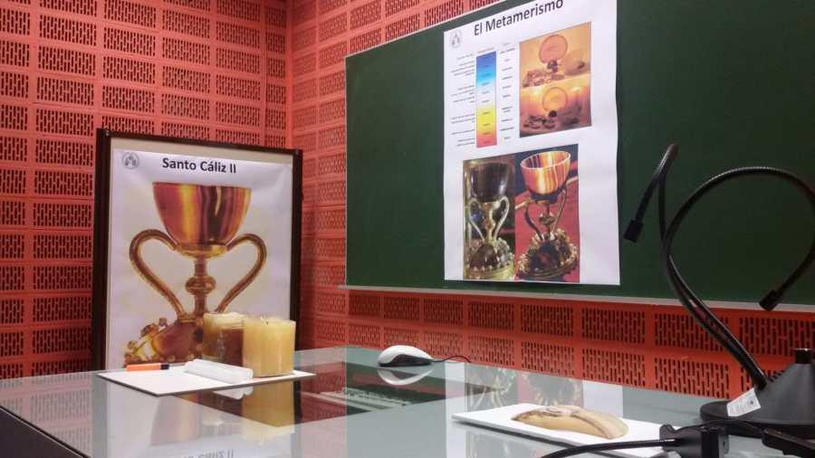 La Universitat de València pionera en el estudio del Santo Grial (2)