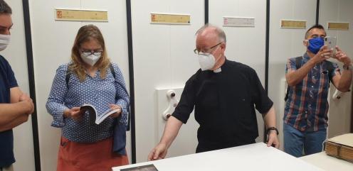 La Dra. Ana Mafé acompaña a la televisión francesa en busca de localizaciones para una grabación sobre el Santo Grial 20200706_090824 (14)