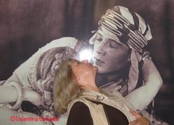 Kissing Rudolph Valentino