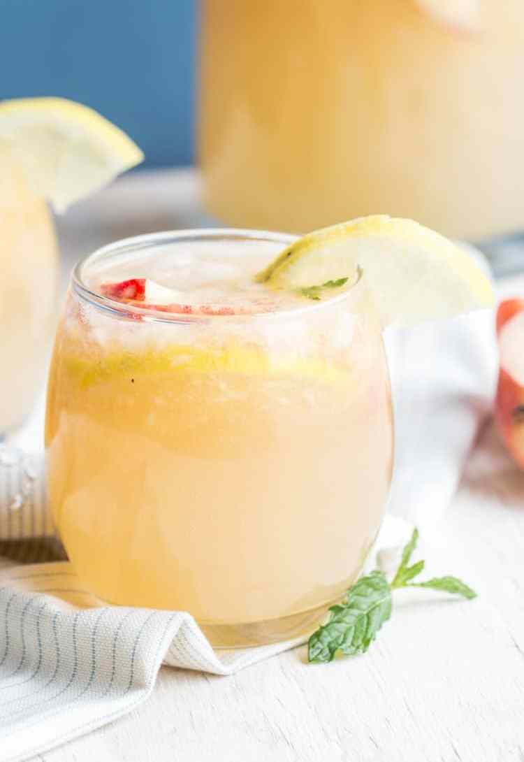 Fresh sparkling peach lemonade punch.