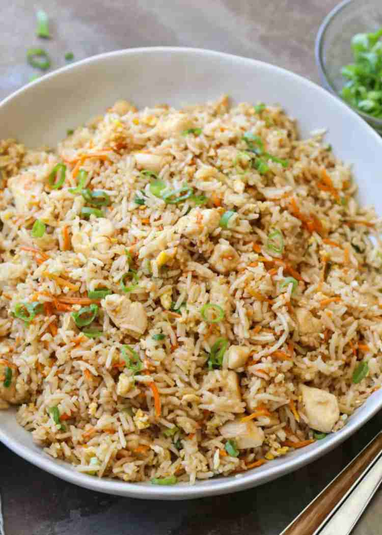 Easy chicken fried rice recipe valentinas corner easy chicken fried rice in a bowl ccuart Image collections