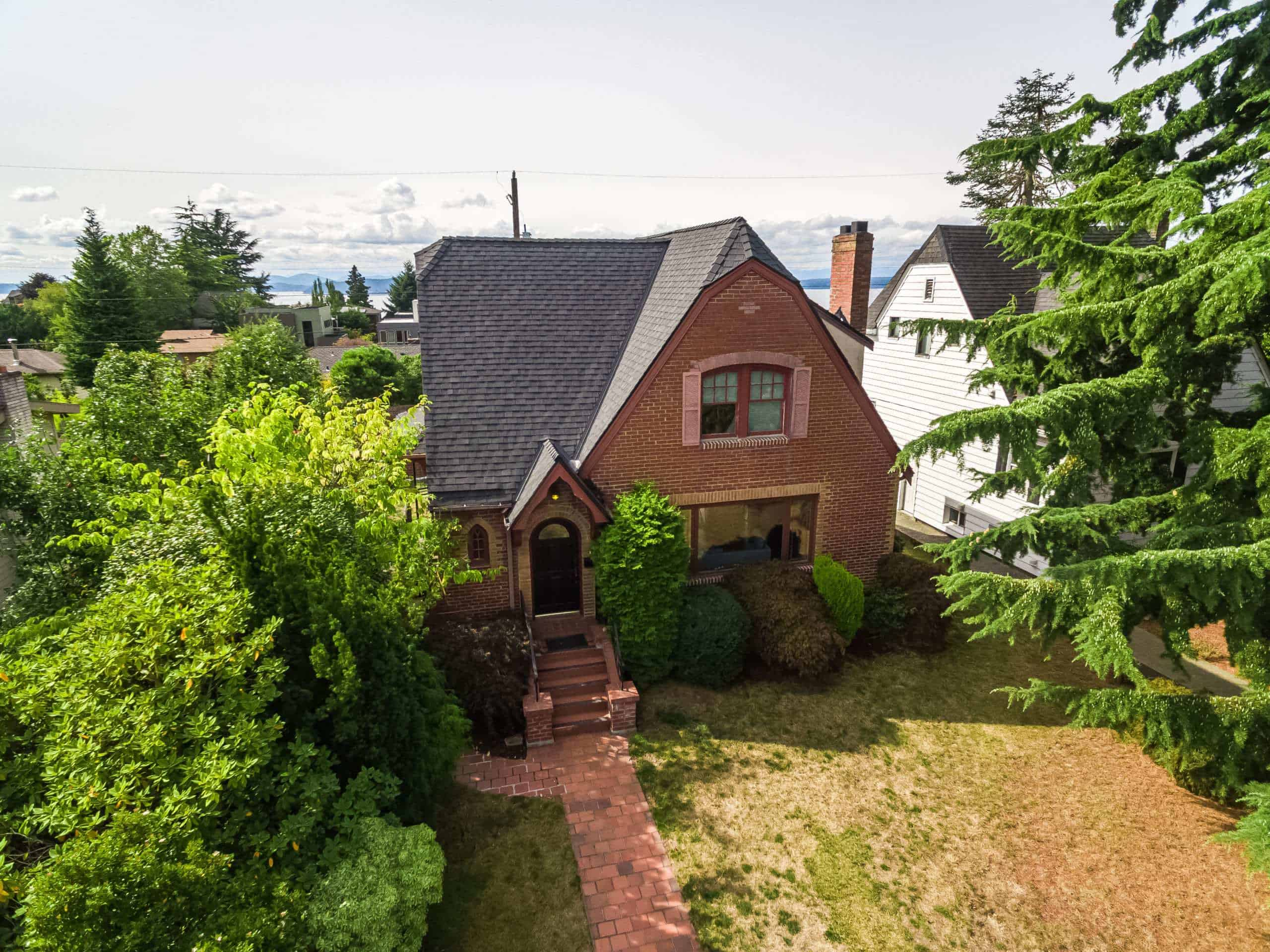 Seattle Home with Newly Replaced Composite Roof