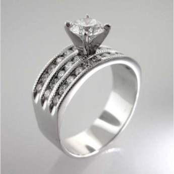 Valenzya Diamond Engagement Ring