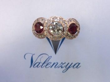 Valenzya Ring
