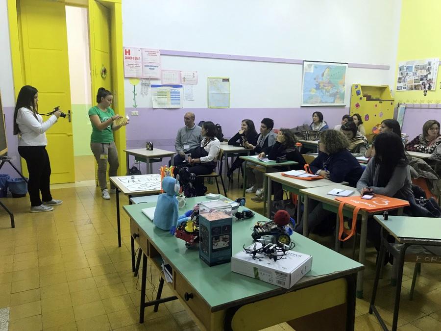 Speaker al Primo Meeting Docenti Puglia valeria cagnina