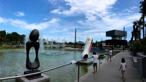 POLYGONE RIVIERA / MIRO, Monument, Personnage