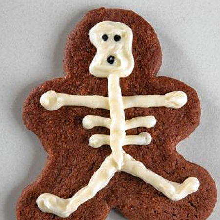 Chicago Tribune Halloween cookies - Cookie Craft-inspired chocolate cookie skeleton
