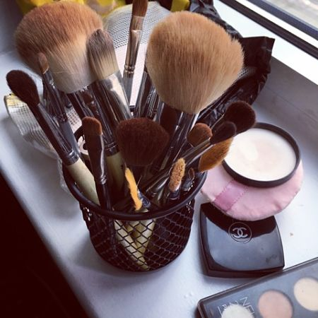 Make up belonging to film make-up artist Mina