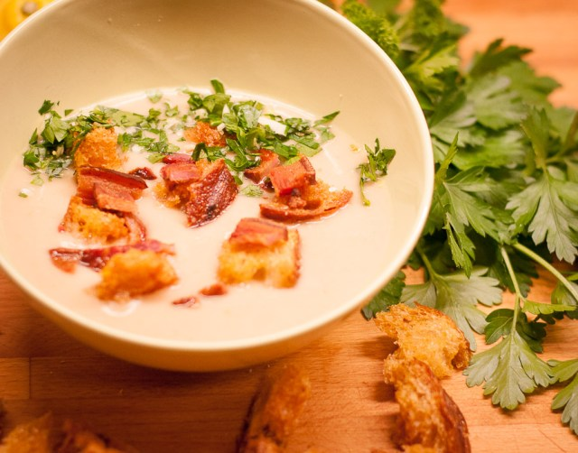 kalafiorų sriuba su gremolata