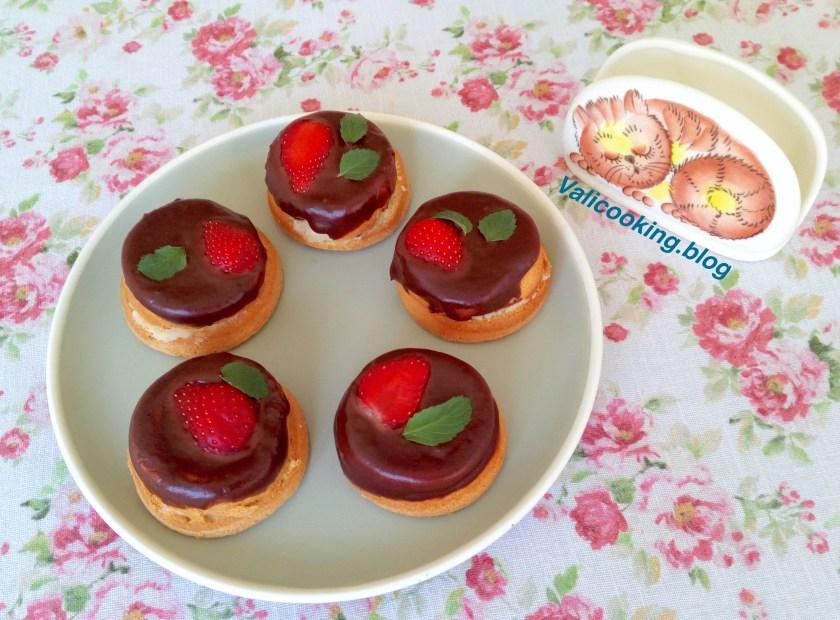 Bouchée Cakes