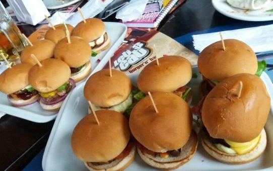 Primeiro Happy Entre Amigas no Let's Eat Cambuí