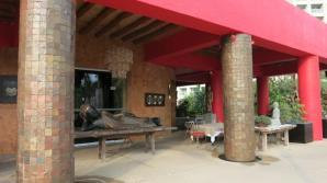 mayan-palace-nvo-vallarta-restaurant-gong