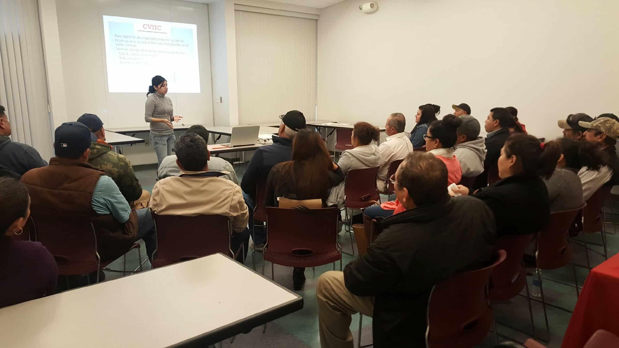 Foro Informativo Sobre Inmigracion en Delano 13 Junio 2017 CVIIC