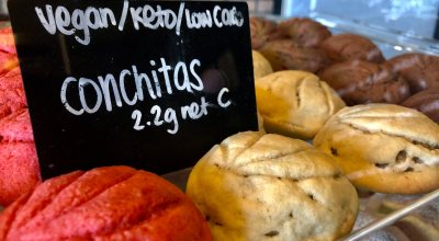 Healthy versions of conchitas are available at Amor y Pan.