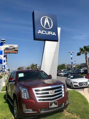 Acura is among the high end auto dealers in San Juan.