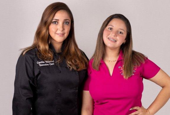 Cynthia Villarreal and Ximena Martinez of La Casa de mi Abuela