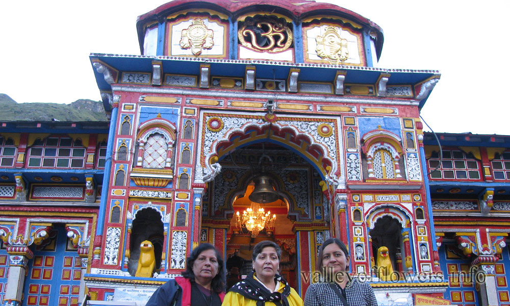 Badrinath, Nilkantha and Mana village