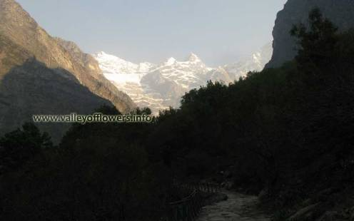 Valley of Flowers peaks as seen while coming back from Hemkund Sahib.