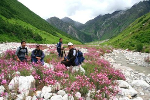 Locals at the Pushpawati river bed