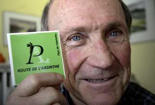 PAYS DE L'ABSINTHE : LA MÉDAILLE NATIONALE FRANÇAISE DU TOURISME POUR NICOLAS GIGER
