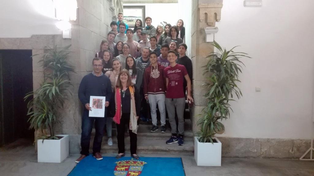 2017-09-27 – 1-Visita estudiantes del Instituto Argentino-Galego Santiago Apóstol 27.09.17