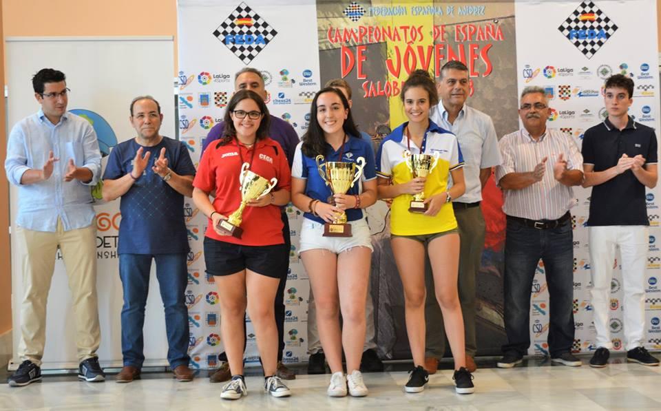 A BAIONESA MIREYA REPRESA PROCLÁMASE CAMPIOA DE ESPAÑA DE XADREZ SUB-18