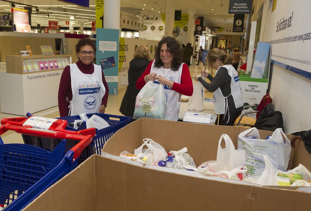 2019-04-04 – voluntarias en Carrefour Travesía año pasado