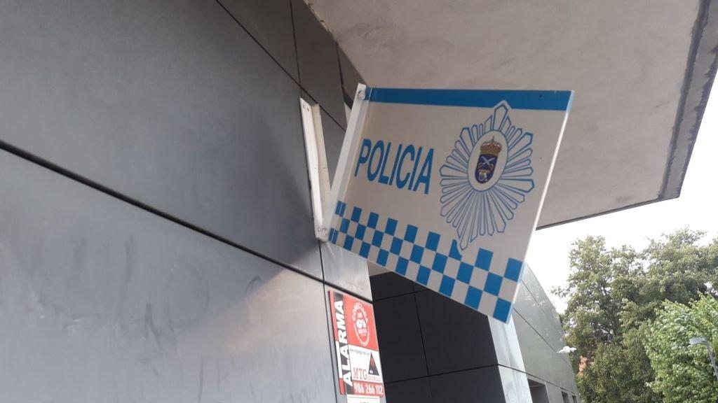 A XEFATURA DA POLICÍA LOCAL DE GONDOMAR SOFRE ACTOS VANDÁLICOS