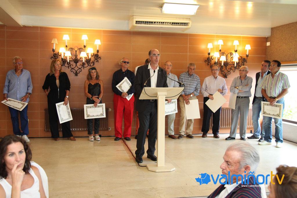 HOMENAXE A 16 PROFESIONALES SANITARIOS DE BAIONA (2)