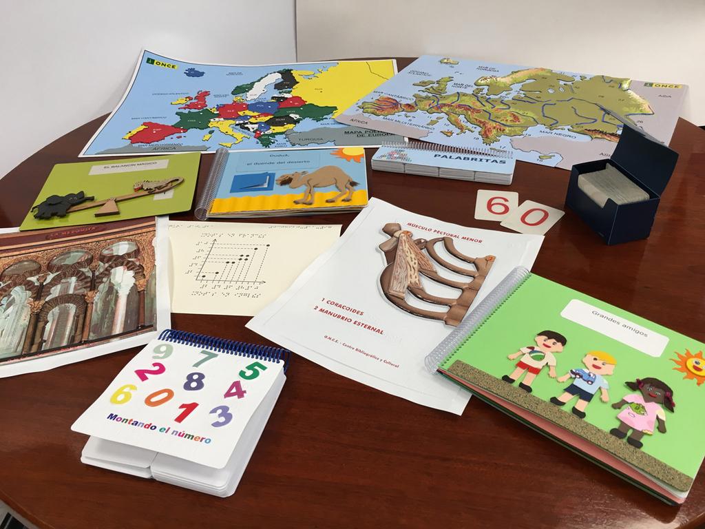 2019-09-09 - ONCE libros en relieve