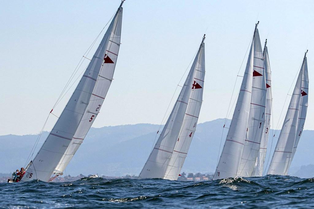 2020-09-05 – Las Rías Baixas volvieron a ofrecer condiciones de lujo para la navegación – Foto Lalo R Villar