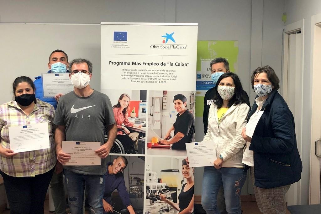 2020-10-09 – Entrega de diplomas do curso expendedor combustible impartido por COGAMI en Vigo