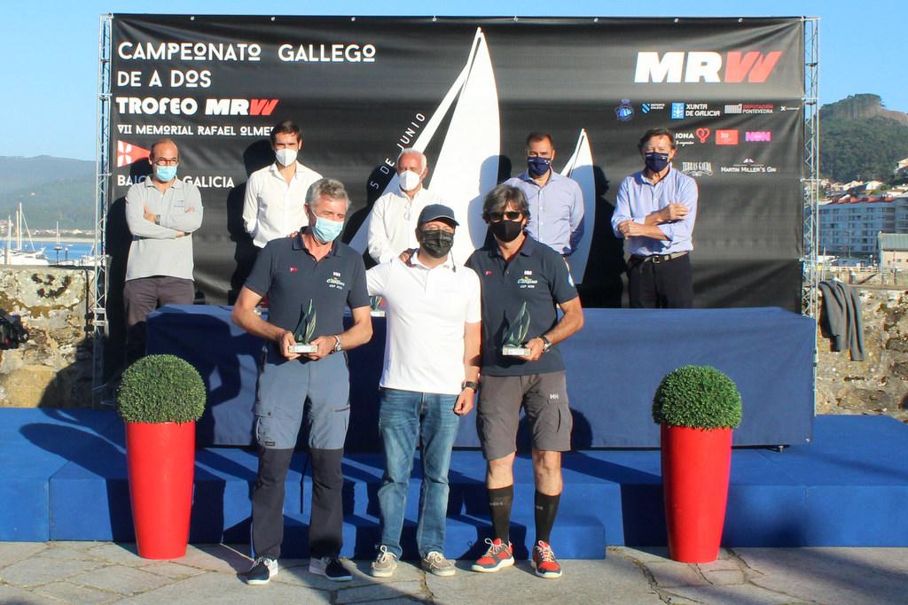 08-Fernando Yáñez e Ignacio Sánchez Otaegui – Campeones Gallegos A Dos J80 – Foto Leticia Acero