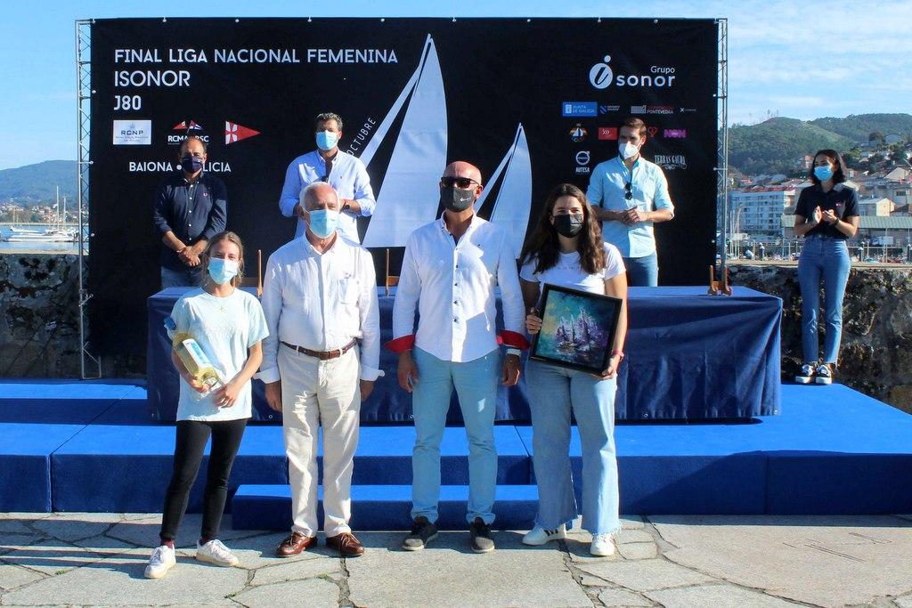 2021-10-10 – El Dorsia Covirán de la Marina Burriananova se alzó vencedor de la Liga Nacional Femenina de Vela – Foto Leticia Acero