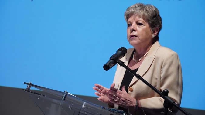 Para reconstruir mejor después de la COVID-19 será clave el rol de las mujeres: Alicia Bárcena