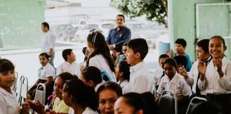 Educación digna, para un futuro mejor