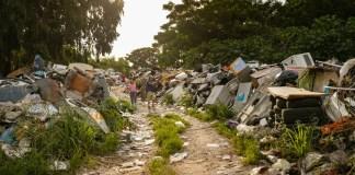 Desechos digitales ponen en riesgo la salud de los niños