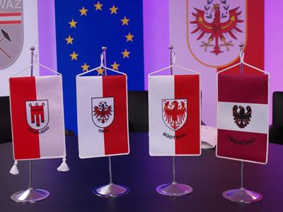 Il Dreier Landtag è la seduta congiunta delle assemblee legislative della Provincia autonoma di Bolzano, del Tirolo, della Provincia autonoma di Trento.
