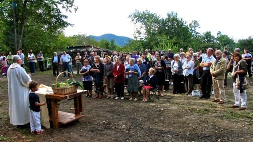 Messa campestre a Vezzolacca