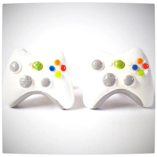 Vamers - Geekosphere - SUATMM - OhMyGeekness by Jess Firsoff - Xbox 360 Controller Cufflinks