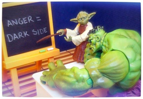Vamers - Humour - Yoda Gives The Hulk Good Advice - Full