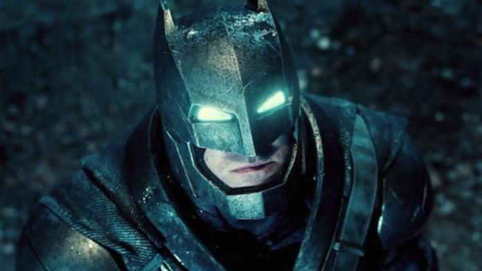 Vamers - FYI - Movies - Bruce Wayne is a True Techie in Batman v Superman Dawn of Justice - Mech Suit