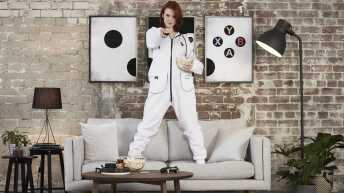 Vamers - FYI - Gaming - SUATMM - The Xbox Onesie is Glorious and was made for Gamers, By Gamers - Xbox Onesie - Couch Surfing Boss