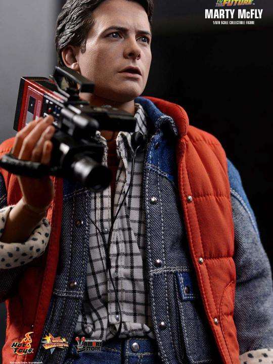 Vamers Store - Hot Toys - MMS257 - Back to the Future - Marty McFly with Bonus Guitar 07