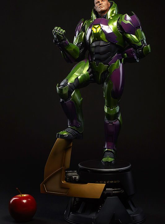 Vamers Store - Sideshow Collectibles - VS-SSC-PFF-LLPS - Lex Luthor in Power Suit Premium Format Figure - 03