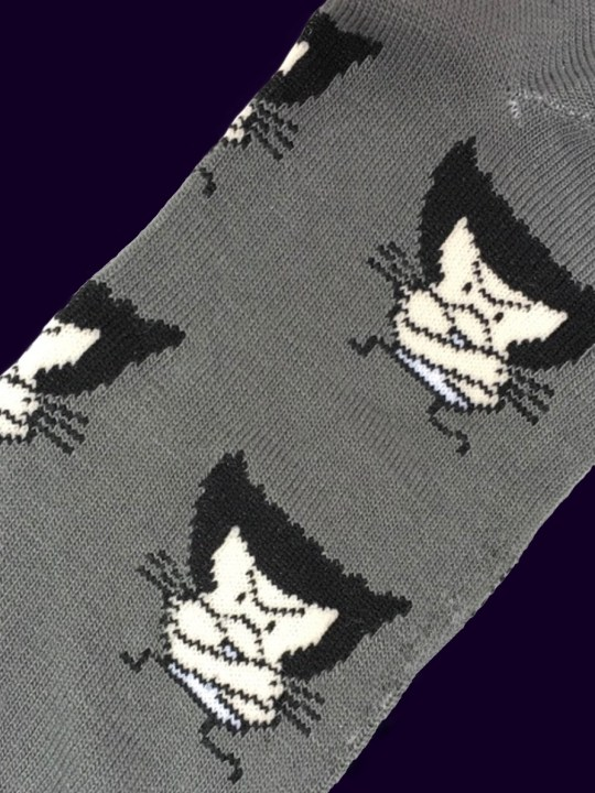 vamers-store-apparel-socks-marvel-comics-wolverine-caricature-socks-acrylic-polyester-spandex-blend-02