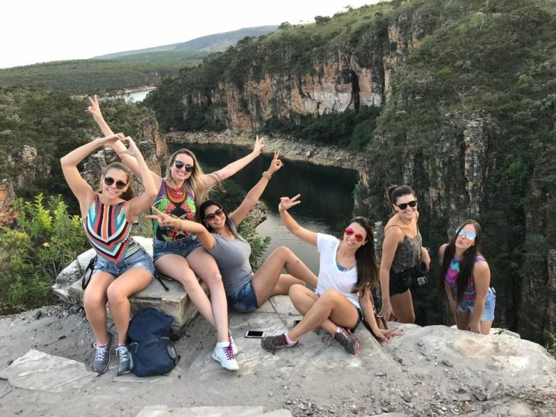 grupo de viajantes em capitólio